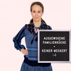 Giulia mit Letterboard: